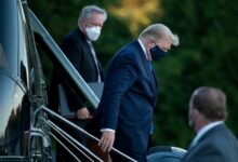 Photo de Trump «va très bien» selon son médecin, une source anonyme dit le contraire